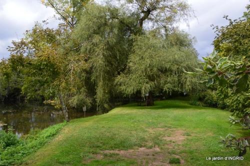 moulin,les jardins d'Au-delà,Brantôme 069.JPG