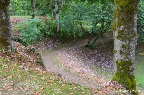 jardin pluie,chateau Losse 093.JPG