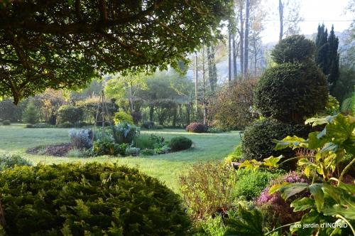 jardin,travail d'osier,Bergerac,St Astier 008.JPG