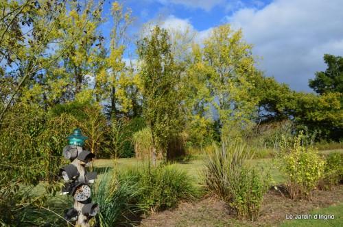jardin,St Avit Seigneur brocante,Neuvic fête des plantes 131.JPG