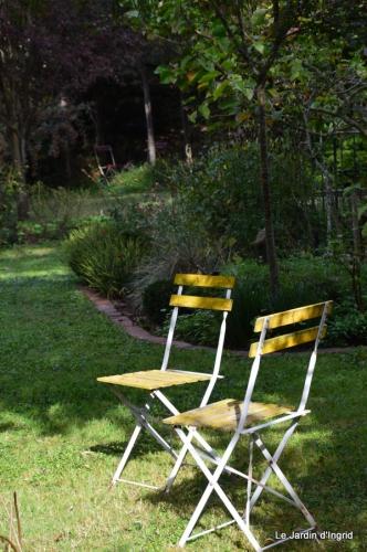 automne jardin,la rue,abeilles,les p filles 082.JPG