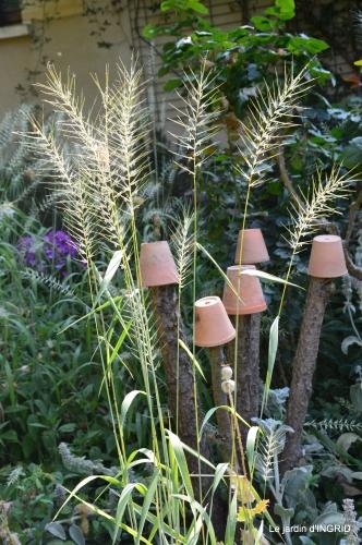 brocante Beaumont,jardin,flambé,hemerocalle,potager 118.JPG