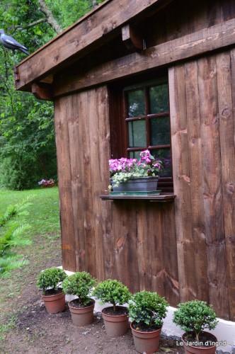 Arya,roses,cygnes,coulobre,nigelles,abeille,cabane 132.JPG