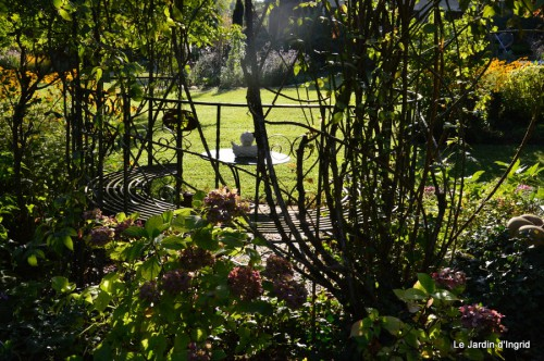 Lalinde passerelle,bouquet,jardin septembre 036.JPG