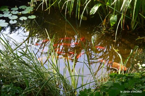 Meyrals,le Bugue,jardin 097.JPG