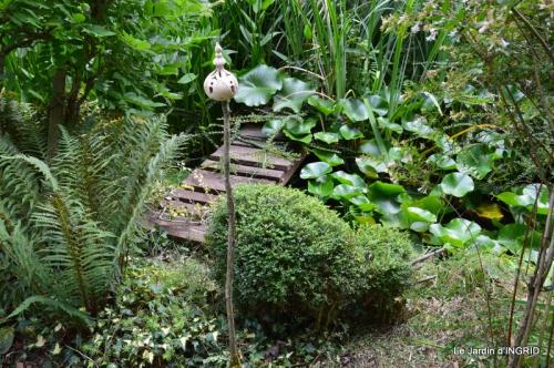 dahlias,jardin,puces st Avit Seigneur,Paniers Issigeac,Romane 279.JPG