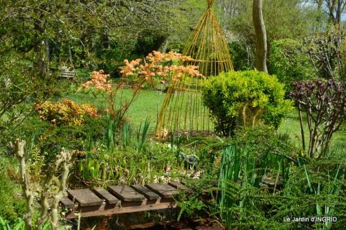 jardin printemps 096.JPG