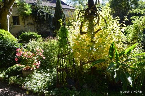 citadelle Blaye,bouquet,jardin,dahlias 097.JPG