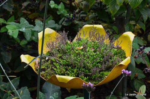 jardin,St Avit Seigneur brocante,Neuvic fête des plantes 088.JPG