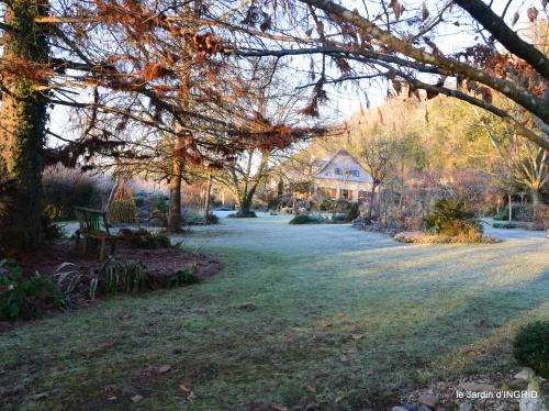 colline,jardin givré 011-001.JPG
