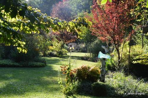 Lalinde passerelle,bouquet,jardin septembre 041.JPG