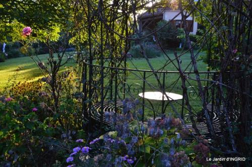 jardin pour l'automne,affiche vide jardin 013.JPG