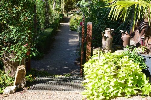 citadelle Blaye,bouquet,jardin,dahlias 100.JPG