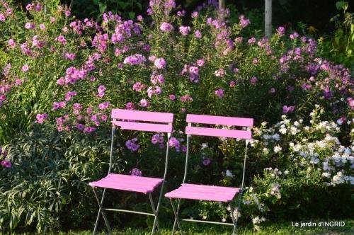 male ancienne,septembre jardin,couronne,bouquet 071.JPG