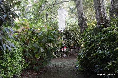male ancienne,septembre jardin,couronne,bouquet 090.JPG