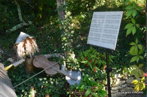 male ancienne,septembre jardin,couronne,bouquet 113.JPG