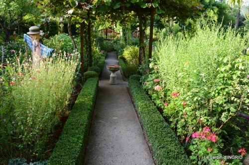 confiture,bouquet,petit jardin 031.JPG