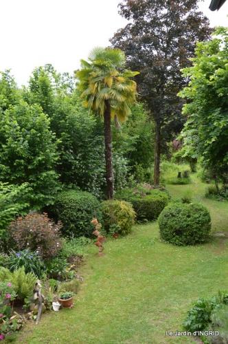 maison,jardin Bernadette,et jardin Claudine 155.JPG