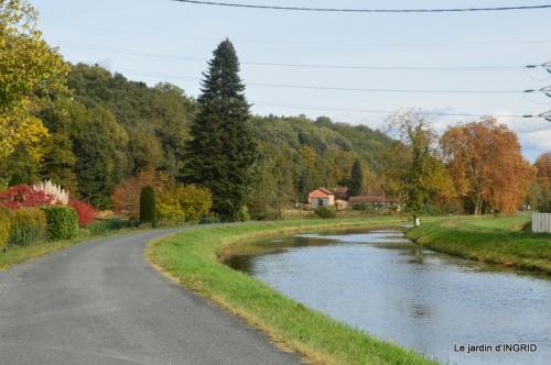 canal automne ,jardin,Ines 099.JPG