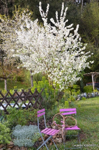 printemps,lilas,tontine 038.JPG