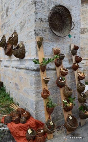 dahlias,jardin,puces st Avit Seigneur,Paniers Issigeac,Romane 184.JPG