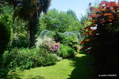 tour jardin de mai ,les épouvantails,préparation 104.JPG